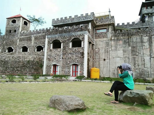 The Lost World Castle Jogja di Sleman Cangkringan Kaliurang