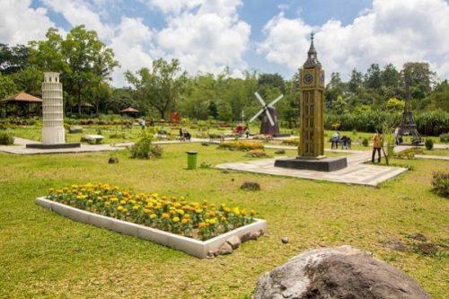 the landmark merapi park