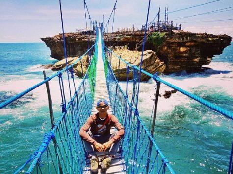 Daftar Tempat Wisata Pantai Populer Di Jogja Lokasi Harga Tiket Masuk